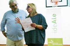 2 La docente con l'operatore teatrale Salvatore Caccavale Guadagnuolo