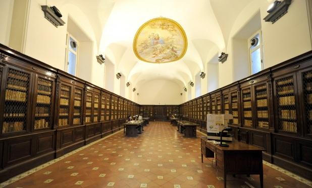 Biblioteca-Girolamini-Napoles4