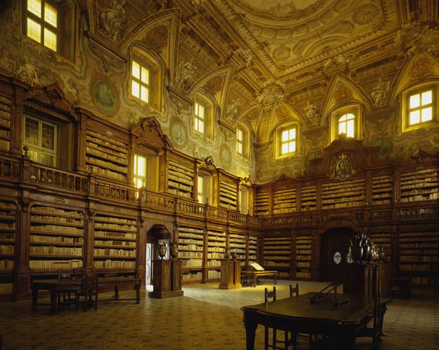 biblioteca-oratoriana-dei-girolamini-napoli-zingarate-com