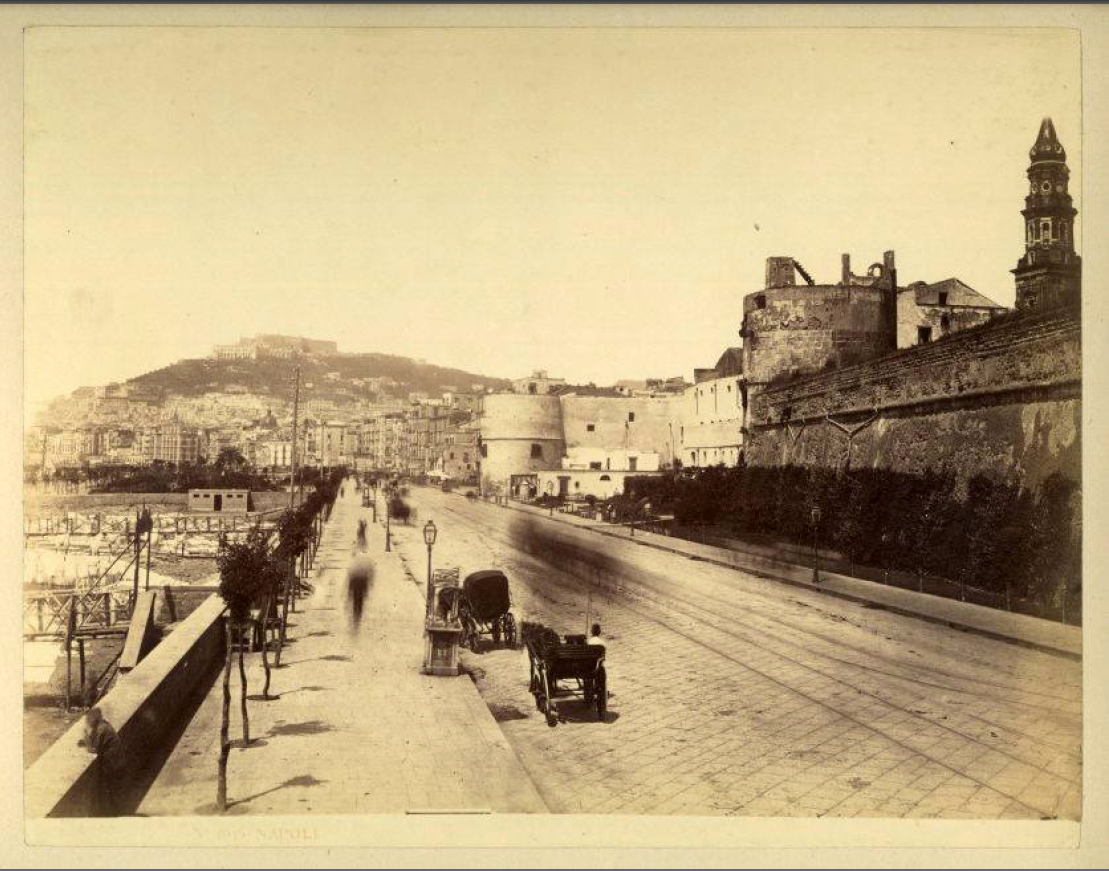 Via Marina con il Castello del Carmine (1870)
